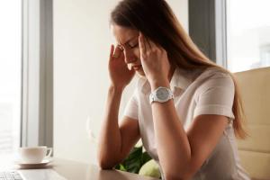 comment calmer un mal de tête rapidement