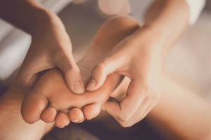 comment faire degonfler un oedeme au pied