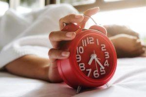 se réveiller et se rendormir